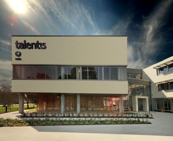 761_offices_pano_front_sotet_plan_uj
